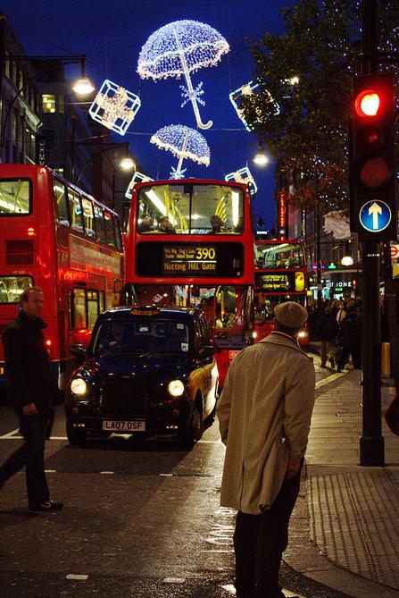 Oxford Street, Source: Flickr (Jamie McK)