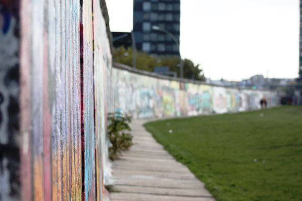 Berlin Wall East Side Gallery (Sasha Arms)