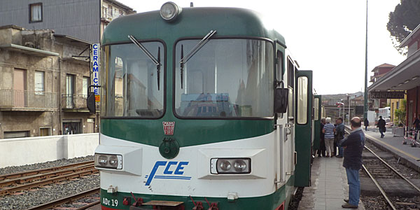 Train around Mount Etna (Godfrey Hall)