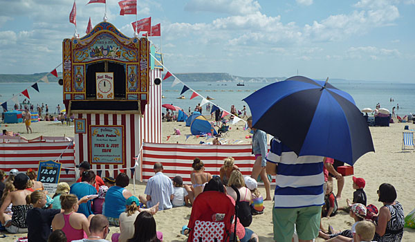 Punch and Judy on Weymouth Beach (Godfrey Hall)