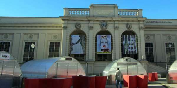 Setting up for a Winter Festival in the Museums Quarter