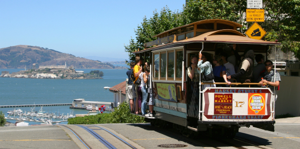 CableCarSanFrancisco Top Flights Deals for December 12: Escape to Alcatraz
