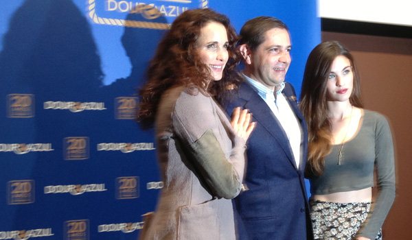 Andie MacDowell, Rayney Qualley and Mario Ferreira (David Wishart)
