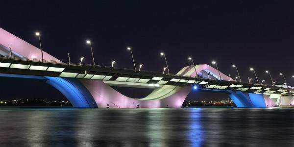 SheikhZayedBridgeAbuDhabi(Shutterstock.com)