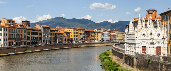 River Arno, Pisa Featured