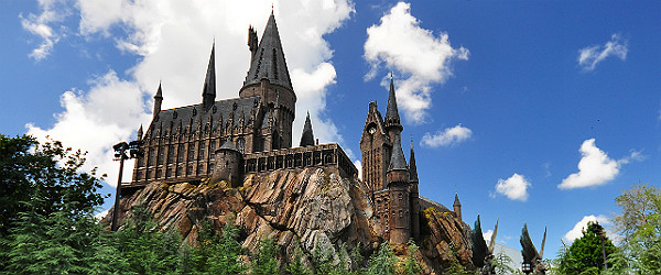 Hogwarts Castle at the Universal Orlando Resort Featured (Shutterstock.com)