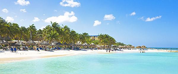 Palm Beach, Aruba Featured (Shutterstock.com)
