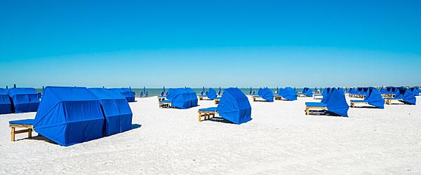 Cabanas on Fort Myers Beach Featured (Shutterstock.com)