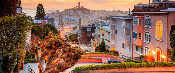 Lombard Street in San Francisco at Sunrise Featured (Shutterstock.com)