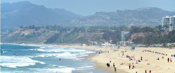 Santa Monica Beach (Shutterstock.com)