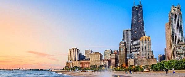 Chicago Skyline from North Avenue Beach Featured (Shutterstock.com)