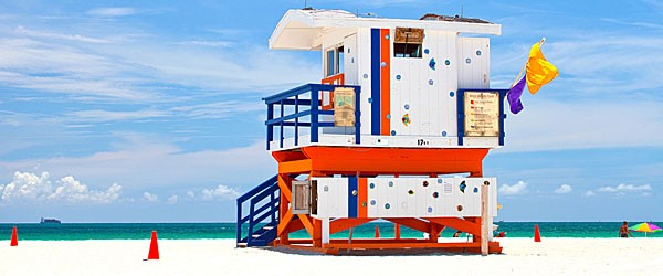 Lifeguard House on Miami Beach Featured (Shutterstock.com)