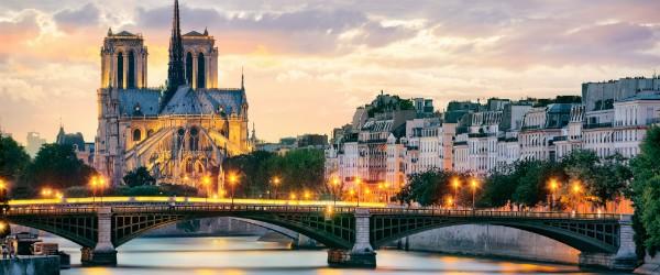 Notre Dame de Paris, France Featured (Shutterstock.com)