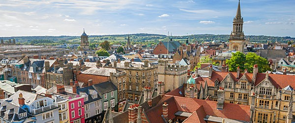 Cityscape of Oxford Featured (Shutterstock.com)
