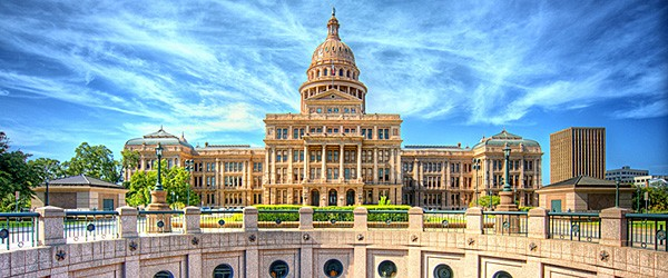 Austin, Texas State Capitol Building Featured (Shutterdtock.com)