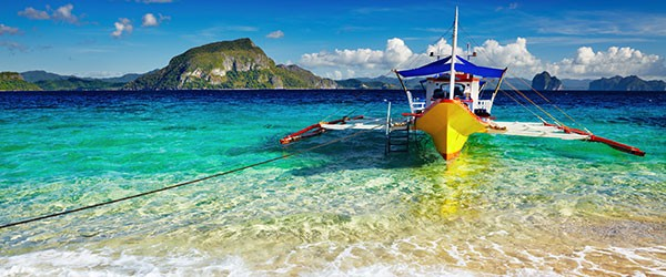 Tropical beach, South China See, El-Nido, Philippines Featured (Shutterstock.com)